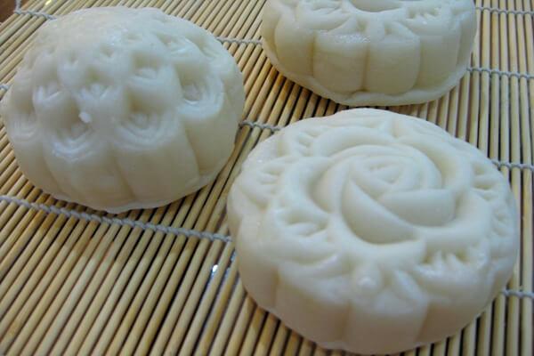 Chuẩn bị các nguyên liệu dùng cho cách làm bánh trung thu nhân đậu trắng