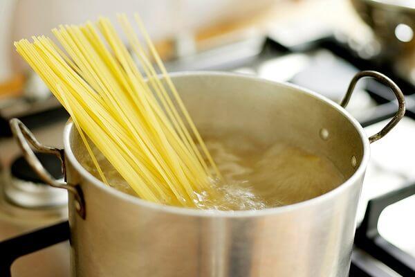 Hướng dẫn cách làm mì spaghetti sốt thịt bò ngon