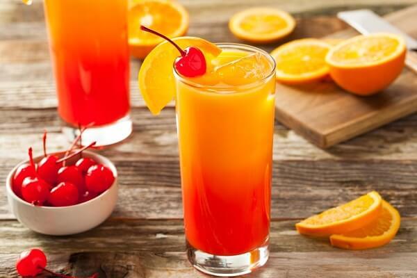 Cocktail cam tươi cho ngày cuối tuần