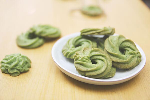 Bánh quy trà xanh đãi tiệc tại nhà