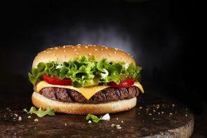 Cách Làm Bánh Hamburger Đơn Giản Nhất Cho Người Chưa Biết Gì