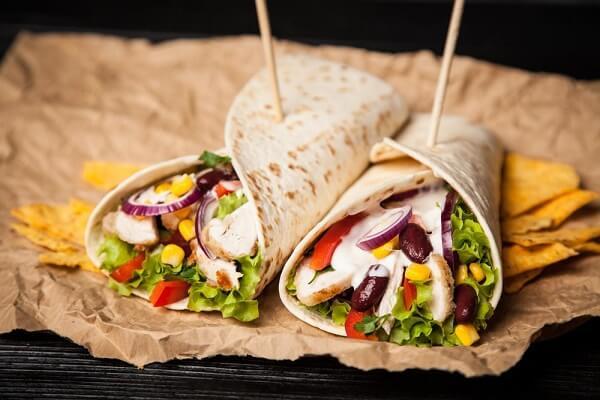 Burrito Là Gì - Cách Làm Burrito Gà Truyền Thống Kiểu Mexico