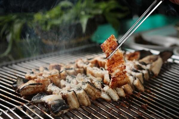 Broiled Eel - Lươn nướng Hàn Quốc