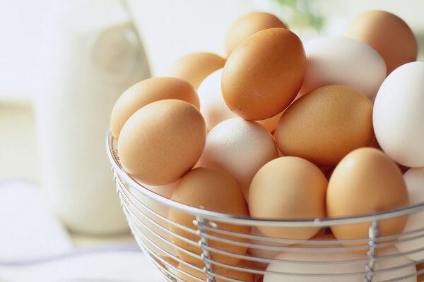 1 quả trứng gà