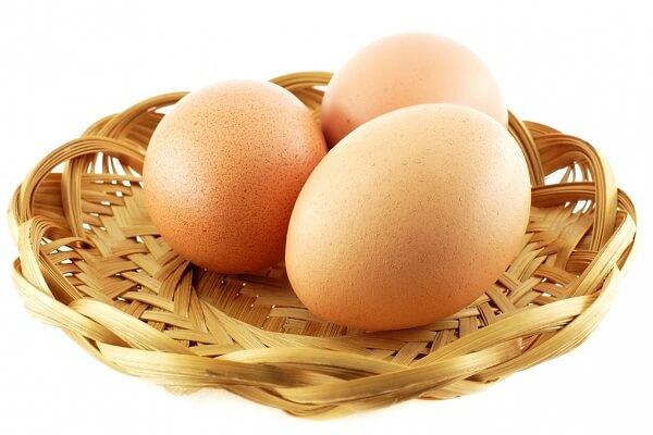 4 quả trứng