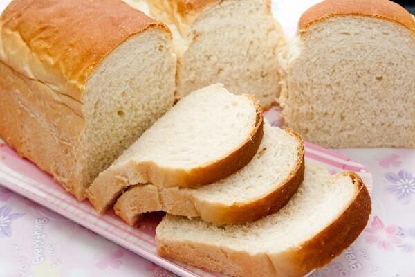8-10 lát bánh mì trắng