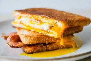 Cách Làm Bánh Mì Sandwich Phô Mai Nướng Cực Ngon Tại Nhà