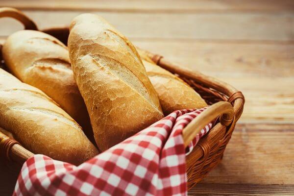 Hướng Dẫn Cách Làm Bánh Mì Tại Nhà Cực Ngon Và Dễ Làm
