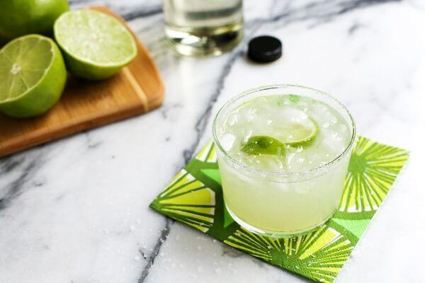 Cocktail (hay gọi đơn giản là cốc tai) là một loại thức uống được pha trộn