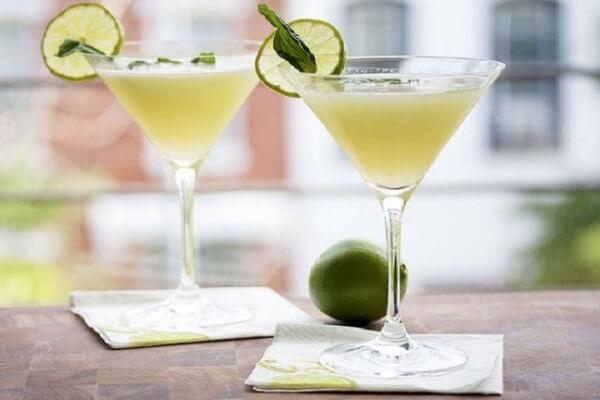 Cách Làm Cocktail Đơn Giản Dễ Làm Ngay Tại Nhà