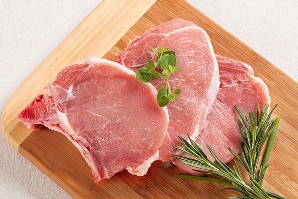 50gam thịt lợn (nên chọn thịt lợn mông)