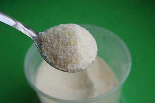 Gia vị: hạt tiêu, hạt nêm, mì chính, mắm
