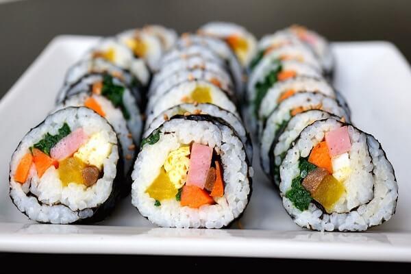 #1 Cách Làm Món Sushi Nhật Bản Ngon Đơn Giản Tại Nhà