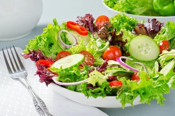 Không lo tăng cân với cách làm salad dầu giấm