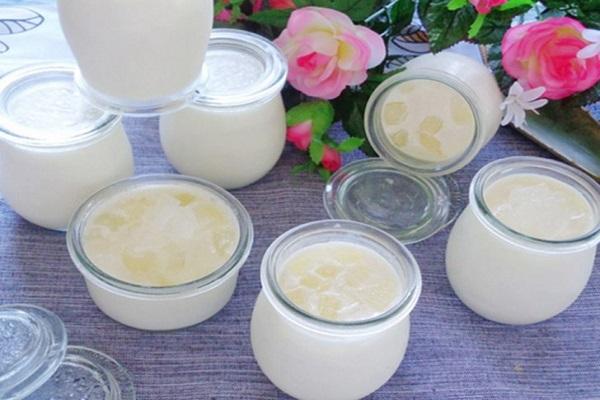 Công thức làm sữa chua bằng sữa tươi nguyên chất