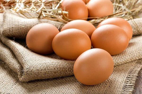 Trứng gà: 4 quả