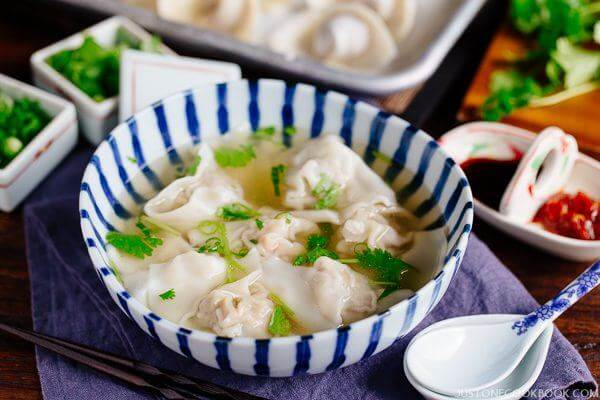 """#1 Cách Nấu Hoành Thánh Ngon Theo """"Chuẩn"""" Phong Cách Người Hoa"""