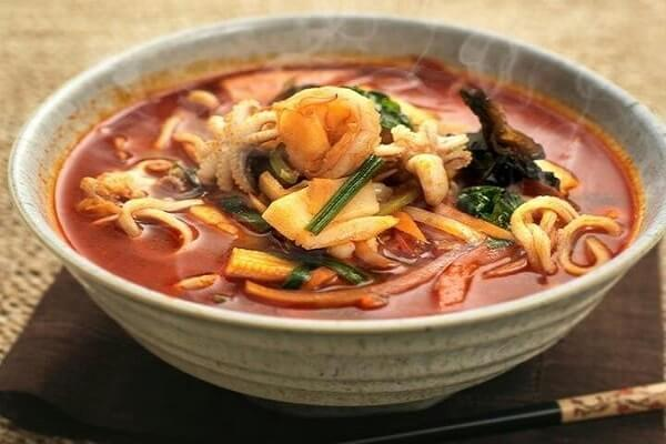 Cách Nấu Mì Cay Hàn Quốc - Lam Mi Cay Đơn Giản Tại Nhà
