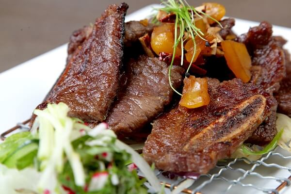 Hướng dẫn cách nướng thịt bò hấp dẫn và thơm lừng