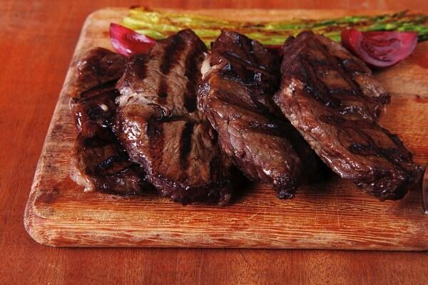 Cách Nướng Thịt Bò Ngon Đậm Đà - Dễ Làm Tại Nhà