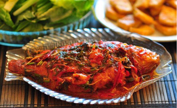 Cá rô phi chiên sốt chua ngọt