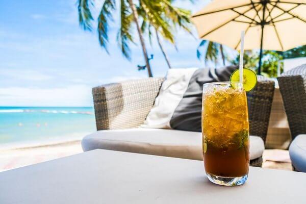 Cocktail trái cây Sangria tươi mát