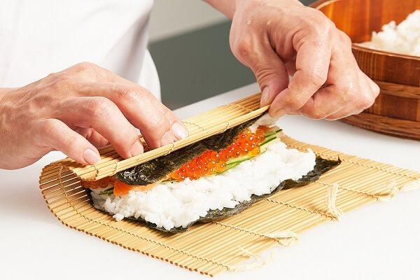 Cuộn sushi