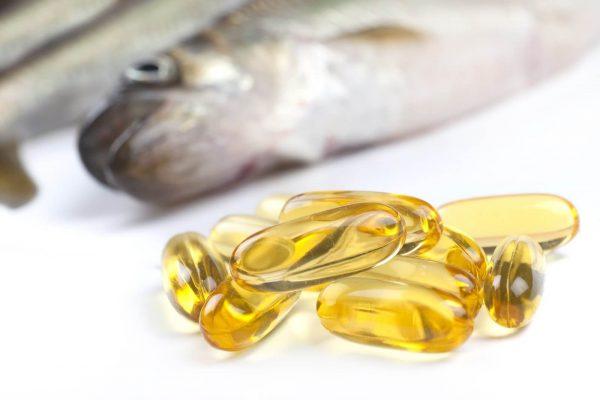 Một muỗng café dầu gan cá tuyết cung cấp 280% giá trị vitamin A