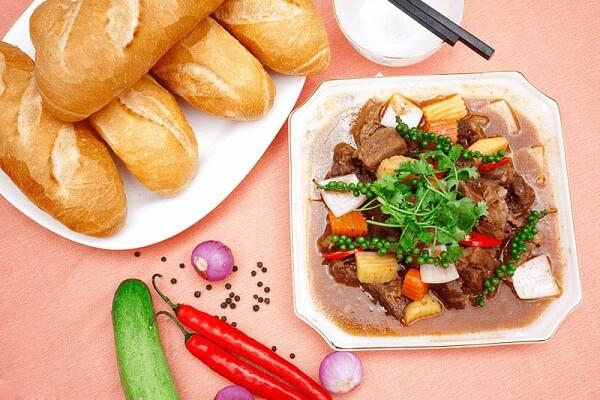 Các món bò đãi tiệc: Bò nấu lagu