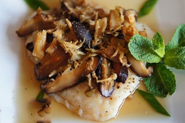 Món cá hấp nấm này chế biến cực kỳ nhanh gọn và tiện lợi.