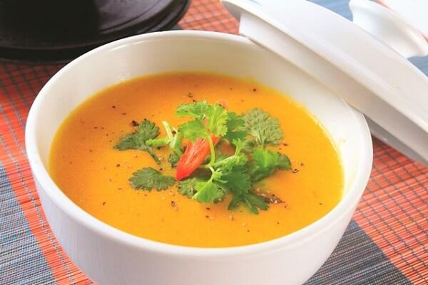 Cách nấu súp bí đỏ rất dễ mà lại rất ngon