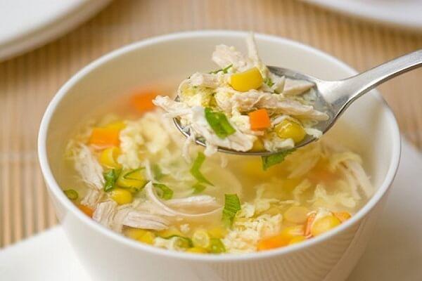 Món súp gà dễ làm và thơm ngon