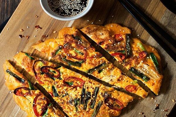 Cách Làm Bánh Kim Chi Hàn Quốc Chiên Giòn Rụm Cực Dễ Tại Nhà