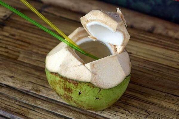 1 quả dừa xiêm