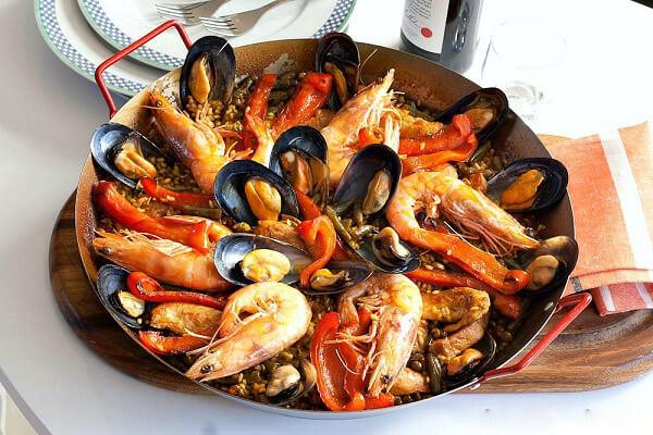 Cách Làm Cơm Rang Thập Cẩm Paella Tây Ban Nha - Paella Là Món Gì