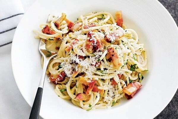 Biến tấu hấp dẫn thơm ngon với món mì Spaghetti Carbonara