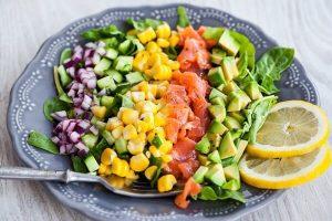 Cách Làm Món Salad Bơ Cá Hồi Ngon Đơn Giản Tại Nhà