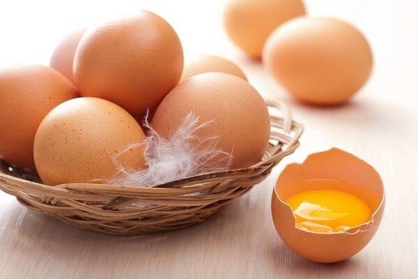 1 lòng đỏ trứng