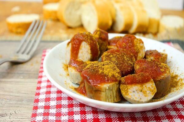 Cách Làm Xúc Xích Đức Currywurst Ngon Đơn Giản Tại Nhà