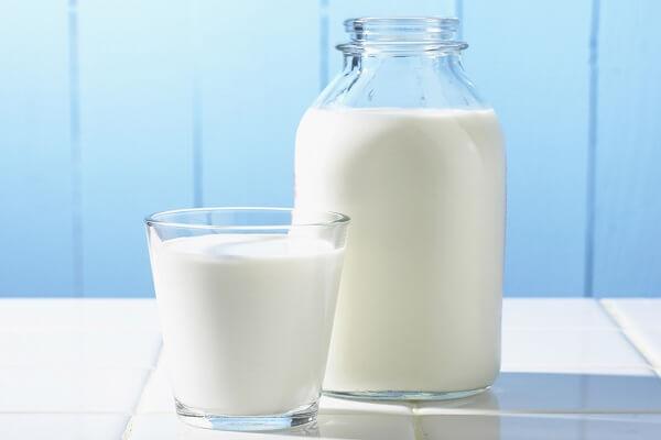 Sữa tươi: 1 lít