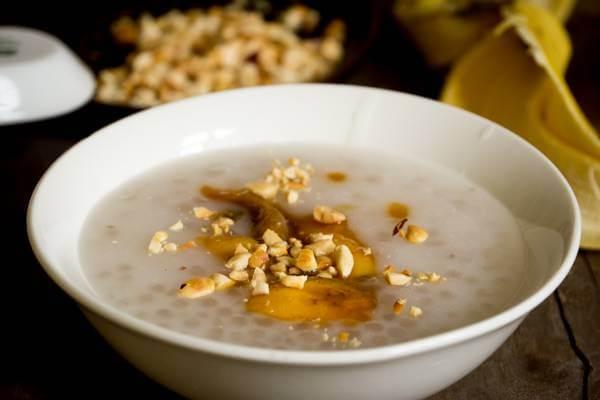 Ngọt ngào hấp dẫn với chè chuối chưng nước cốt dừa