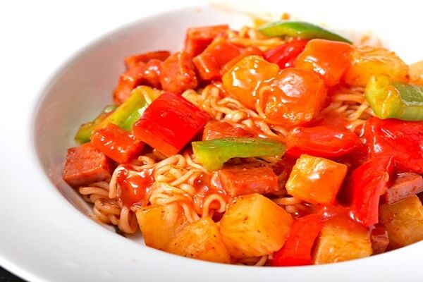 Mỳ trộn chua ngọt