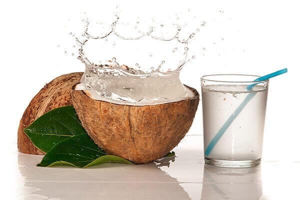 1 quả dừa tươi (cùi dày, có nước).
