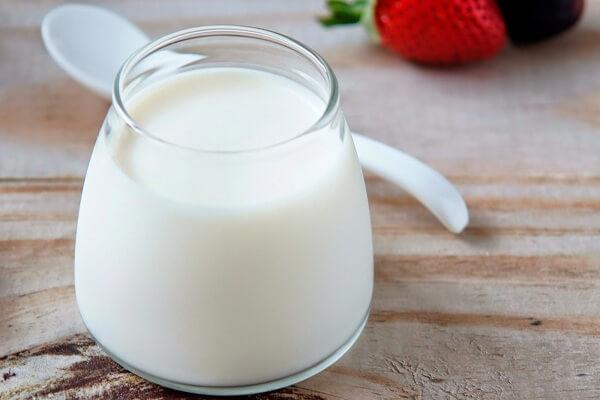 100ml sữa tươi không đường.