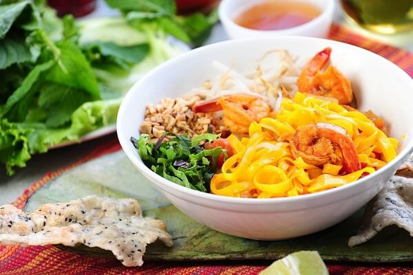 Mì Quảng là 1 trong 12 món ngon đạt giá trị ẩm thực Châu Á