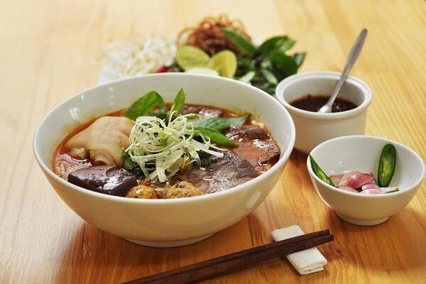Món ăn Việt Nam nổi tiếng thế giới: Bún bò Huế