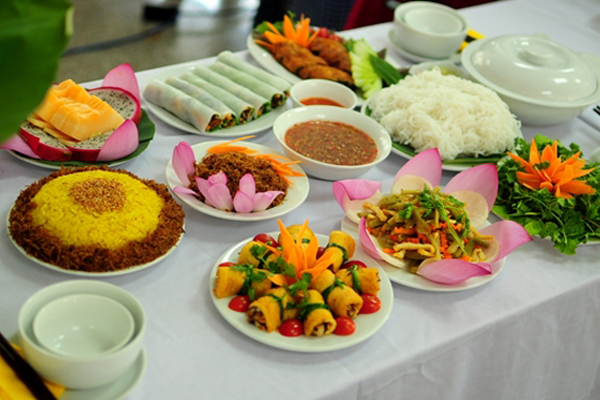 Top 12 Quán Ăn Ngon Ở Hà Nội Vào Buổi Tối - Ăn Gì Buổi Tối Ở Hà Nội