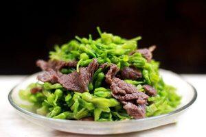 Cách Làm Thịt Bò Xào Hoa Thiên Lý Ngon Đơn Giản Tại Nhà