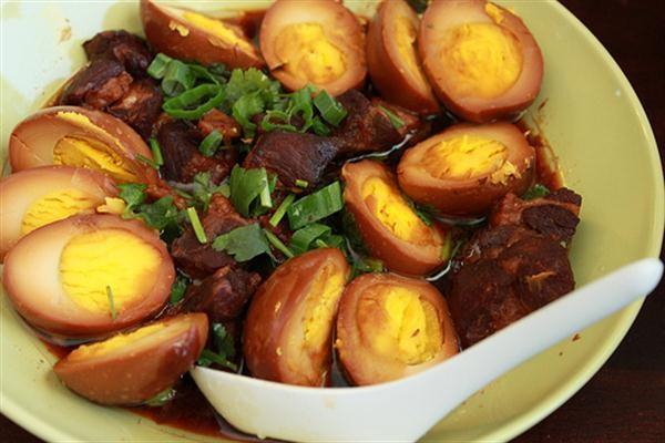 Cách Làm Thịt Kho Tàu Ngon Nhất - Hướng Dẫn Dễ Nấu Tại Nhà