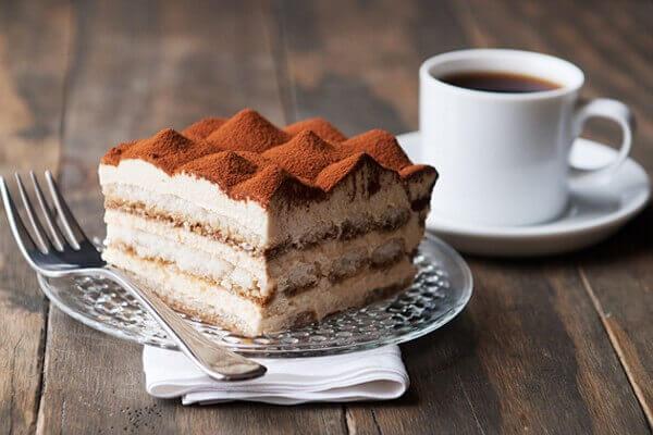 Hương vị ngọt thơm của bánh cùng với vẻ ngoài luôn được trang trí đẹp mắt